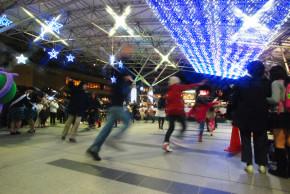 2013上尾駅イルミネーション点灯式 フラッシュモブダンス